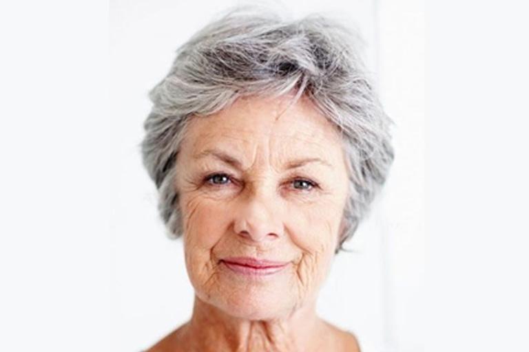 Older_Woman_Galary